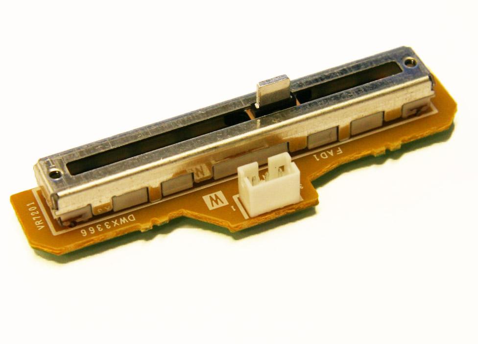 Pioneer DJM-850 Channel 1 Fader