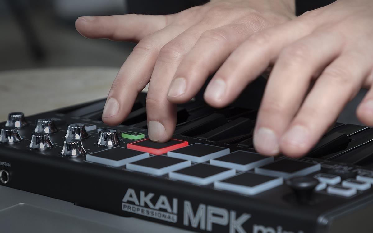 Akai MPK Mini MKII LE Black | Music Production | Bop DJ
