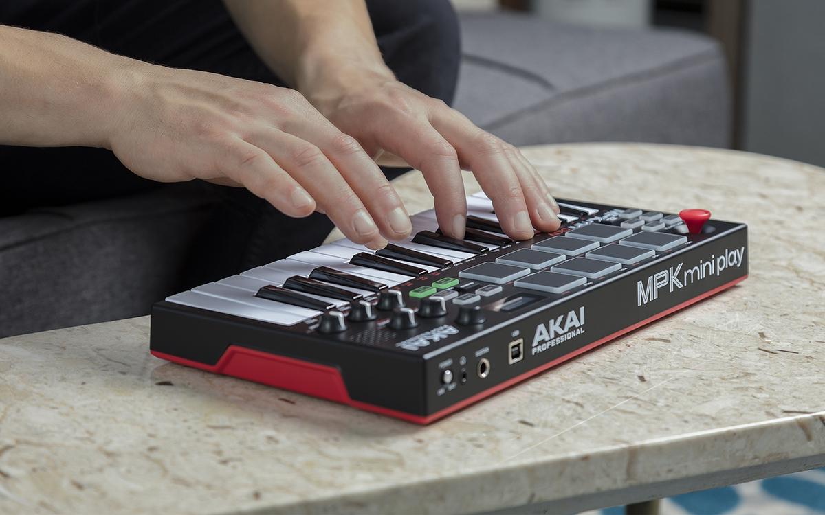 akai mpk mini play midi keyboards bop dj. Black Bedroom Furniture Sets. Home Design Ideas